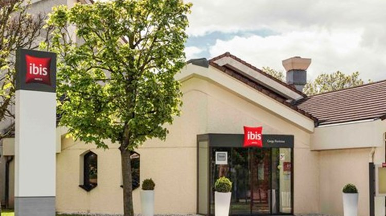Ibis Cergy Le Port Exterior