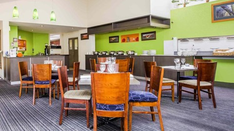 Ibis Styles Eagle Hawk Canberra Resort Restaurant
