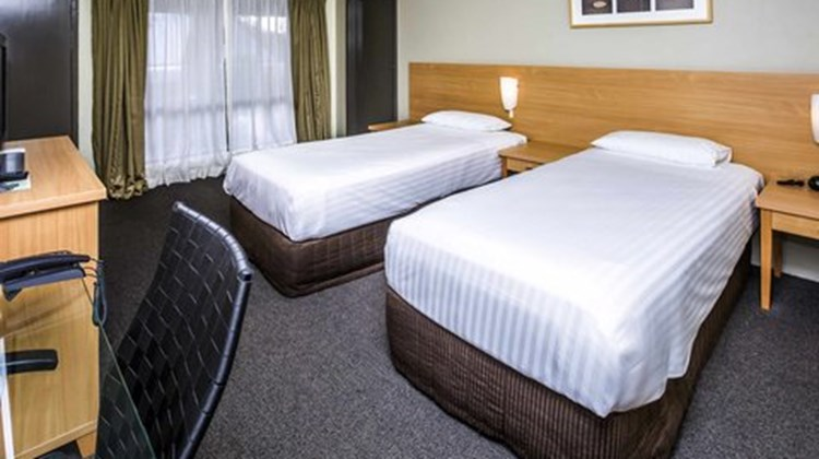 Ibis Styles Eagle Hawk Canberra Resort Room