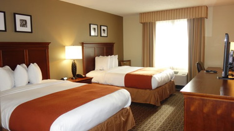 Country Inn & Suites Lawrenceville Room