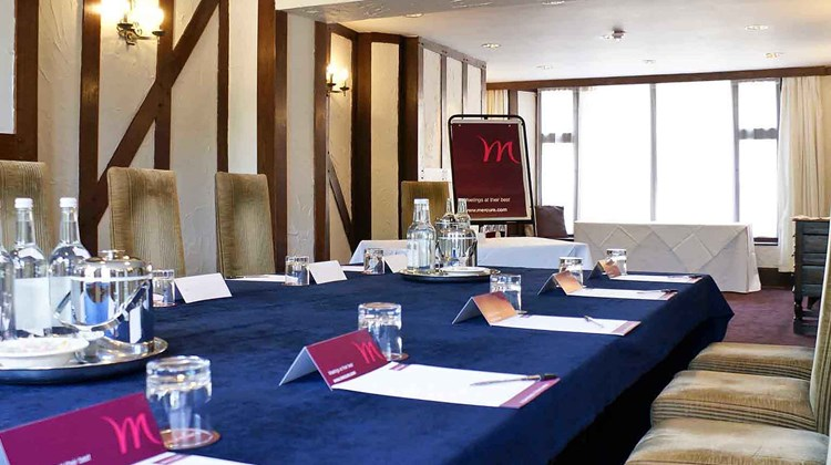 Mercure Whately Hall Hotel Banbury Meeting