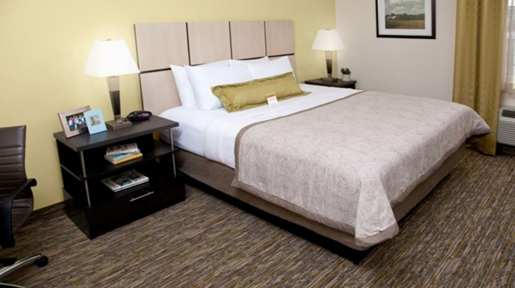 Candlewood Suites Brighton Room