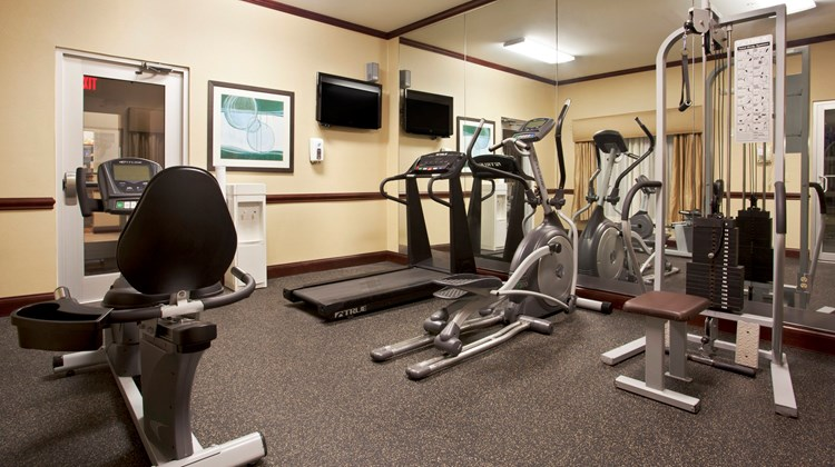 Holiday Inn Express & Sts Allentown West Health Club