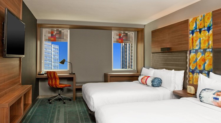 aloft Atlanta Downtown Room
