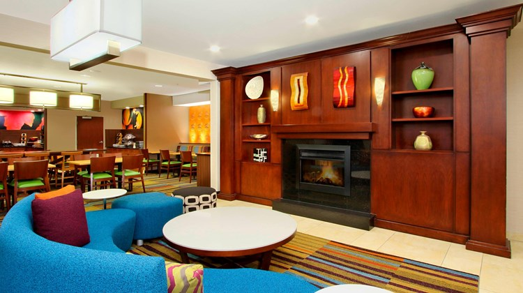 Fairfield Inn/Suites Colorado Springs So Lobby