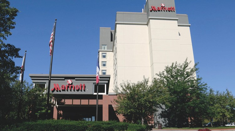 West Des Moines Marriott Exterior
