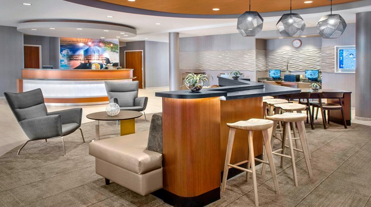 SpringHill Suites Long Island/Brookhaven Lobby