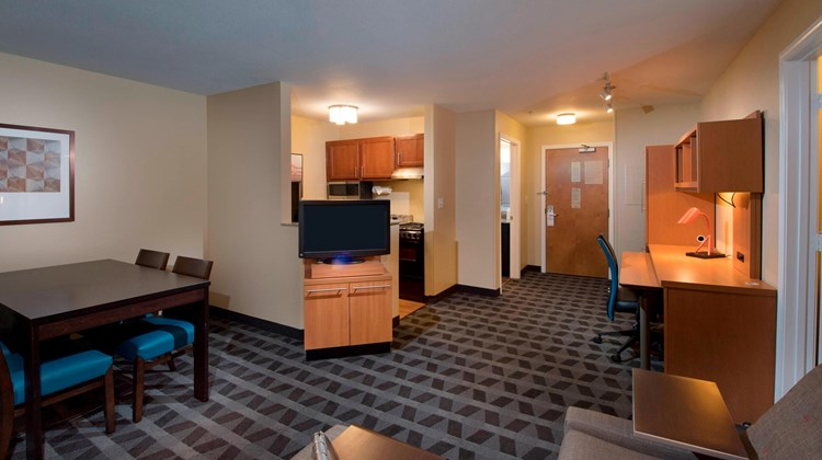TownePlace Suites Atlanta Alpharetta Suite