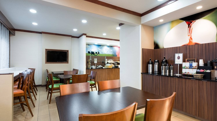 Fairfield Inn and Suites Austin South Restaurant