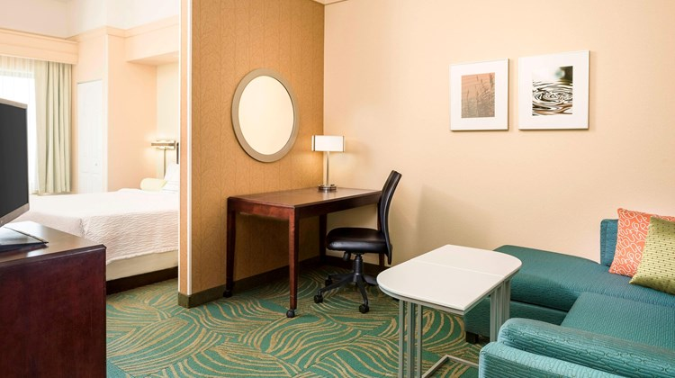 SpringHill Suites by Marriott Cheyenne Suite