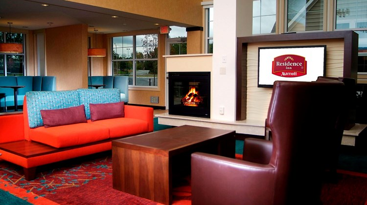Residence Inn Albany Washington Avenue Lobby