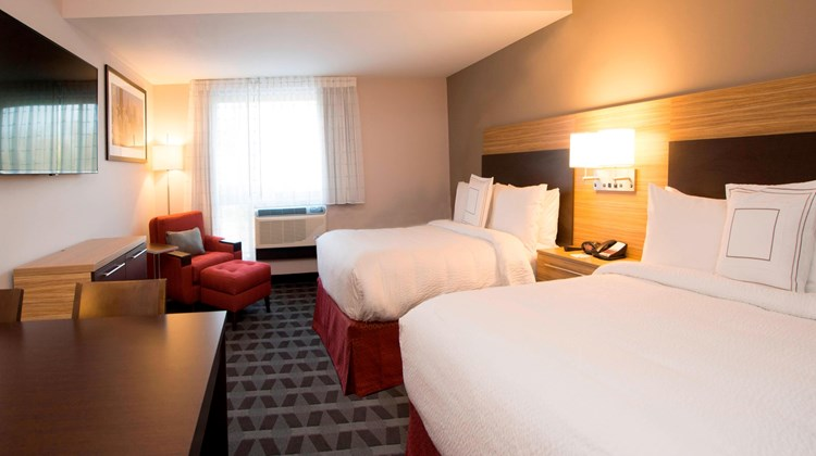 TownePlace Suites Cranberry Township Suite