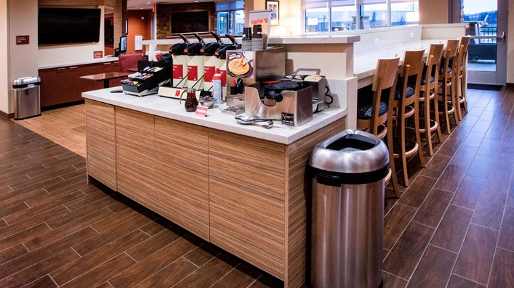 TownePlace Suites Cranberry Township Restaurant
