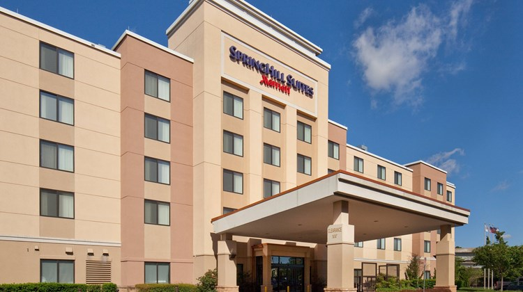 SpringHill Suites Chesapeake Greenbrier Exterior