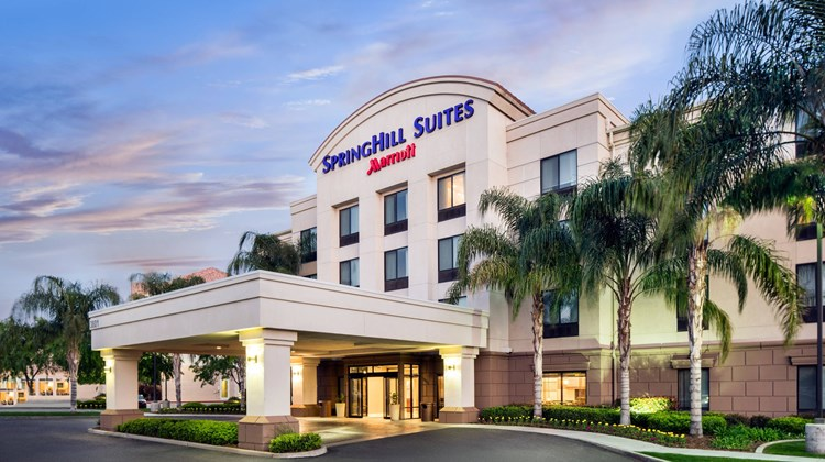 SpringHill Suites Bakersfield Exterior