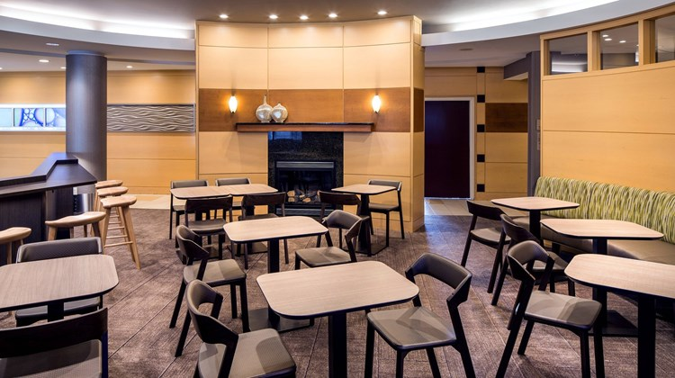 SpringHill Suites Bakersfield Restaurant