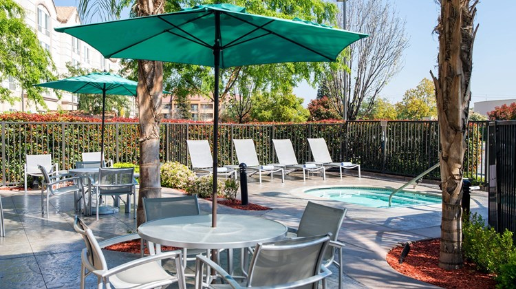 SpringHill Suites Bakersfield Recreation