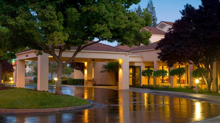 Courtyard by Marriott San Jose Cupertino Exterior