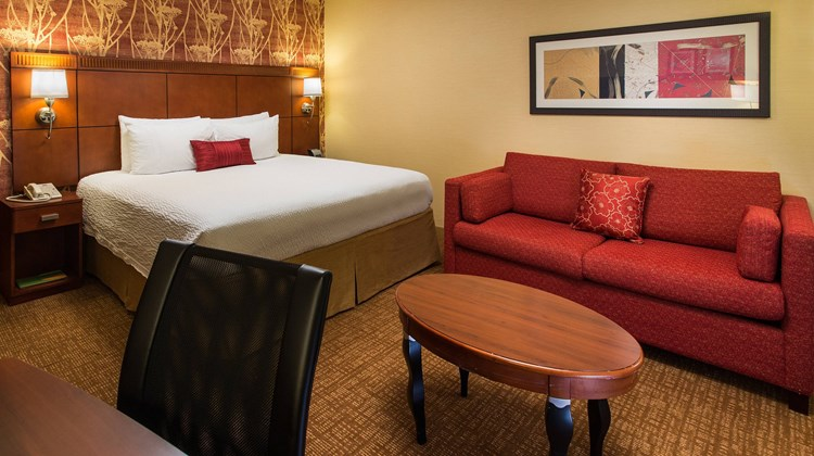 Courtyard by Marriott San Jose Cupertino Room
