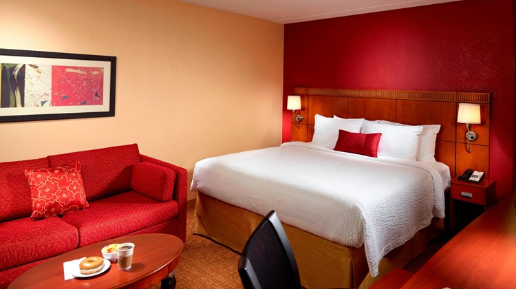 Courtyard by Marriott Augusta Room