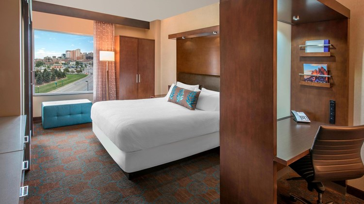 SpringHill Suites Denver Downtown Suite