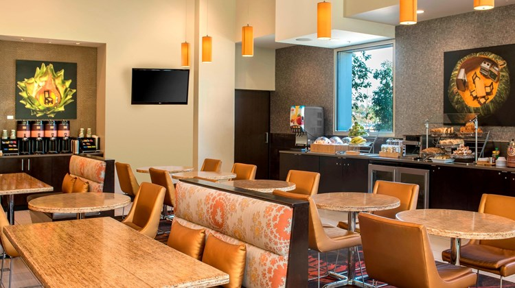 SpringHill Suites Denver Downtown Restaurant