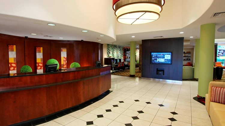 Courtyard by Marriott - St George Lobby