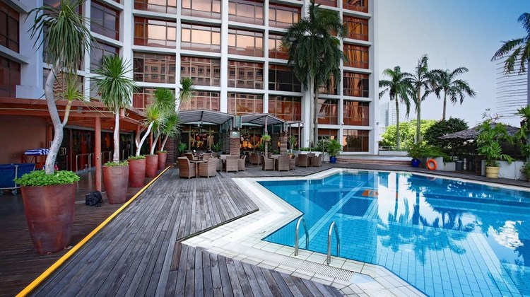 Village Hotel Bugis Pool