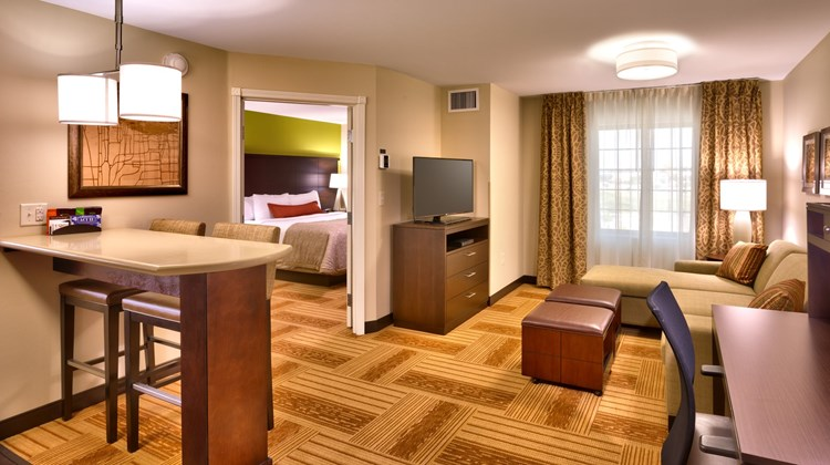 Staybridge Suites Cheyenne Room