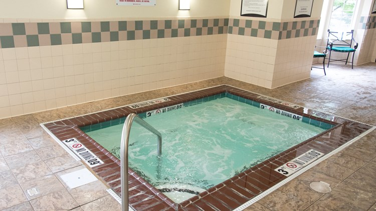 Staybridge Suites Fort Wayne Pool
