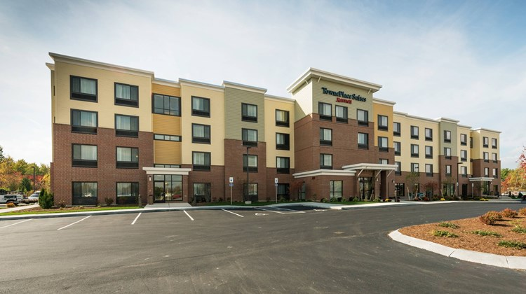 TownePlace Suites by Marriott  Bangor Exterior