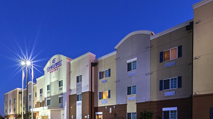 Candlewood Suites Baytown Exterior